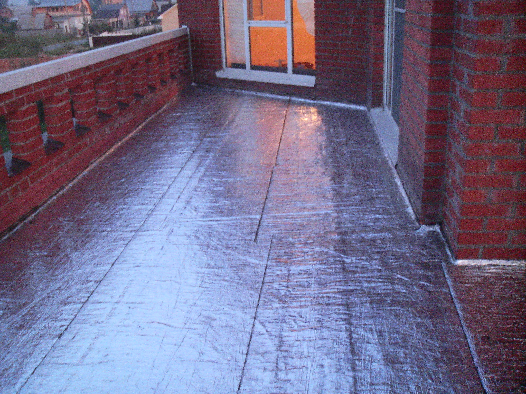 Гидроизоляция балконов: лишняя влага - ни к чему? строительн.